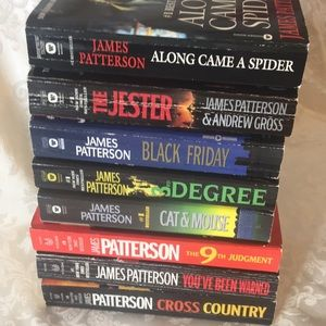Lot of 8 James Patterson Paperback Books.